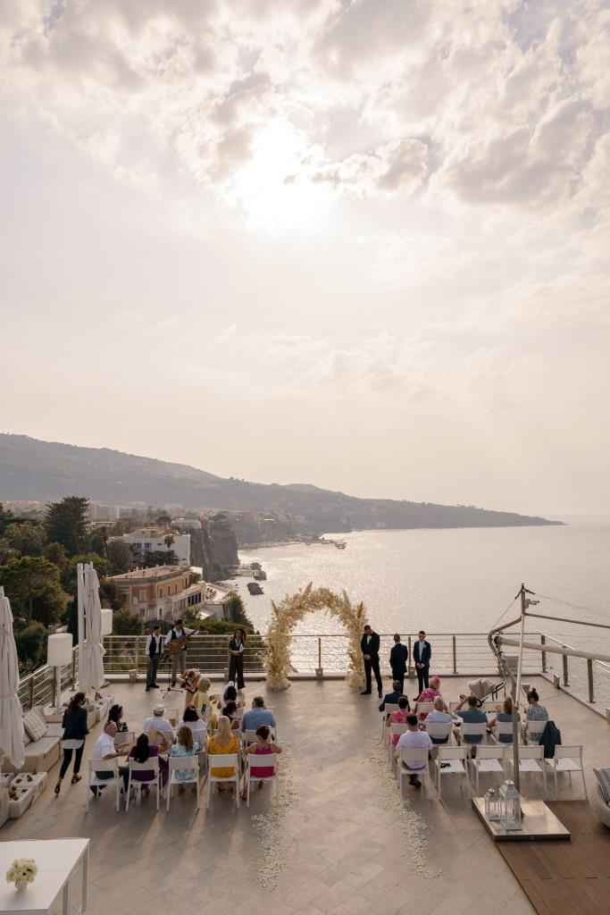 sorrento-wedding-terrace